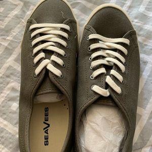 SeaVees Tennis shoes